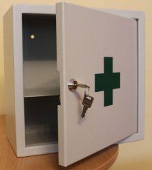 Gyógyszertároló szekrény-1