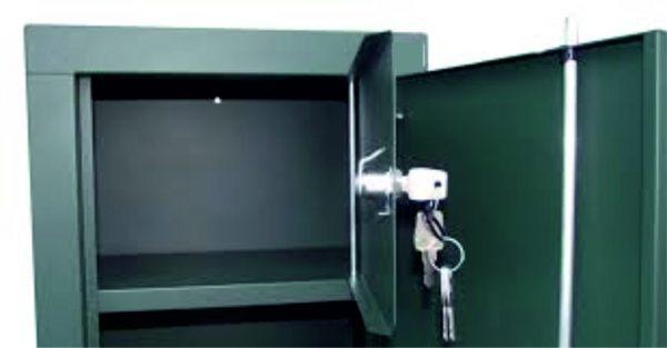 Fegyverszekrény 5 férőhelyes